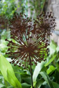 allium beetstecker aus metall, allium deko - bilder - rost deko, Design ideen